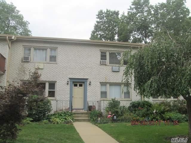 130 Cardinal Ln 2B, Islip, NY 11751 (MLS #2974235) :: Netter Real Estate