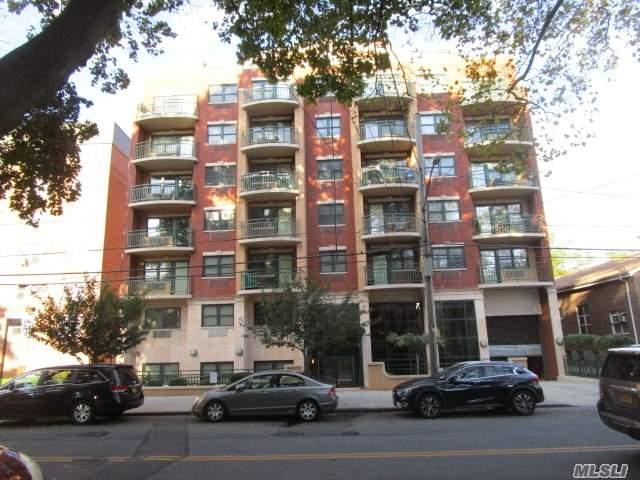 143-41 84th Dr 1B, Jamaica, NY 11435 (MLS #2974484) :: Netter Real Estate