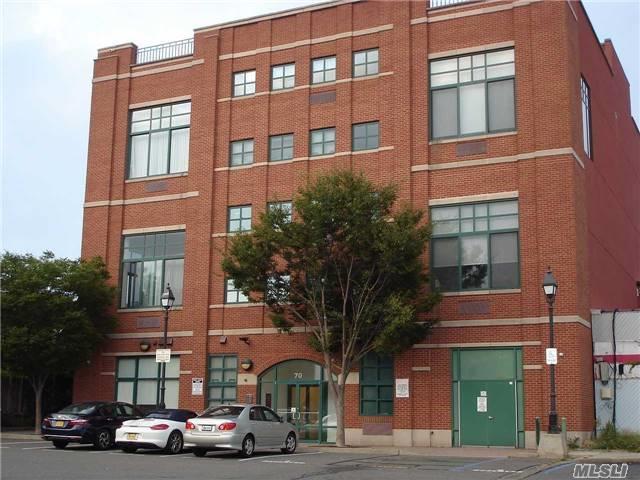 68 Main St 2 B, Freeport, NY 11520 (MLS #2974625) :: Netter Real Estate