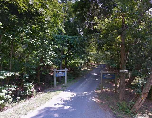 890 Miller Rd, Mattituck, NY 11952 (MLS #2975190) :: Netter Real Estate