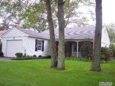 167 Brownfield Dr, Ridge, NY 11961 (MLS #2975798) :: Netter Real Estate