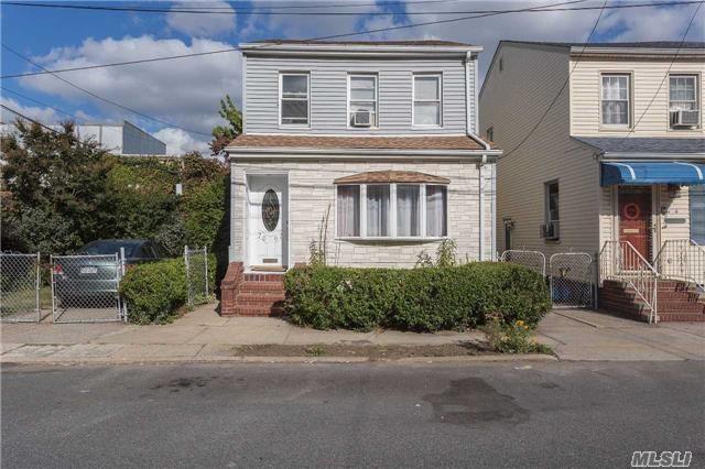 70-07 57th Rd, Maspeth, NY 11378 (MLS #2976212) :: Netter Real Estate