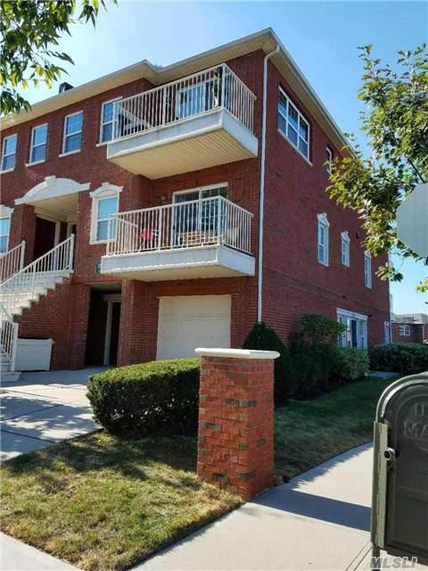 123-07 Lax Ave A, College Point, NY 11356 (MLS #2976518) :: The Lenard Team