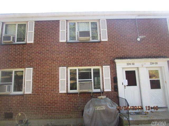 224-10 Stronghurst Ave, Queens Village, NY 11427 (MLS #2977316) :: Netter Real Estate