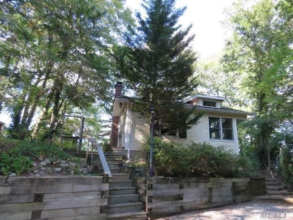 30 Tuscarora Dr, Centerport, NY 11721 (MLS #2977375) :: Platinum Properties of Long Island