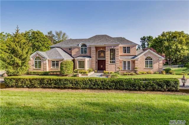1296 Ridge Road, Laurel Hollow, NY 11791 (MLS #2977406) :: Platinum Properties of Long Island