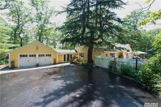 32 Morahapa Rd, Centerport, NY 11721 (MLS #2978354) :: Platinum Properties of Long Island