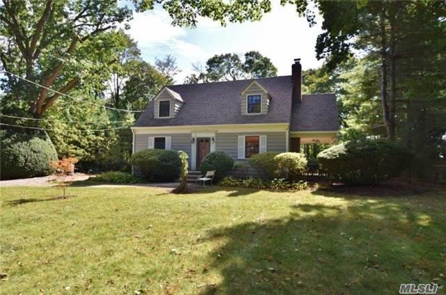 176 Maple Hill Rd, Huntington, NY 11743 (MLS #2978502) :: Platinum Properties of Long Island