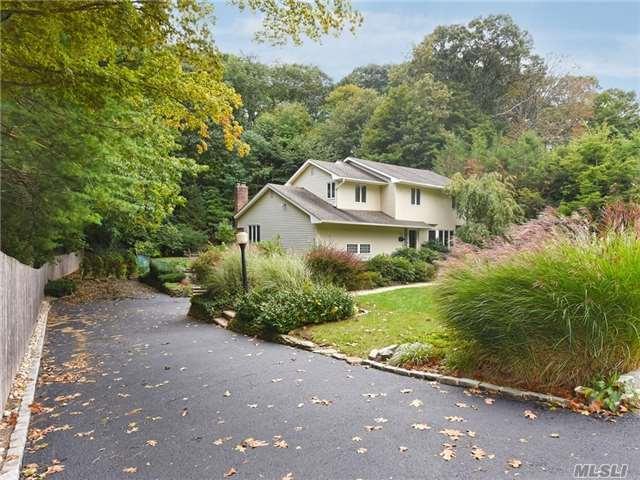 260 Woodbury Rd, Huntington, NY 11743 (MLS #2978805) :: Platinum Properties of Long Island