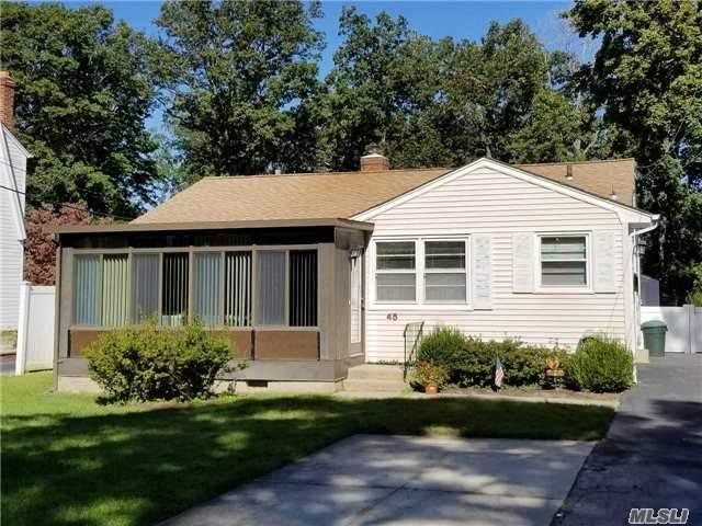 45 Chestnut Cir, Northport, NY 11768 (MLS #2979432) :: Platinum Properties of Long Island
