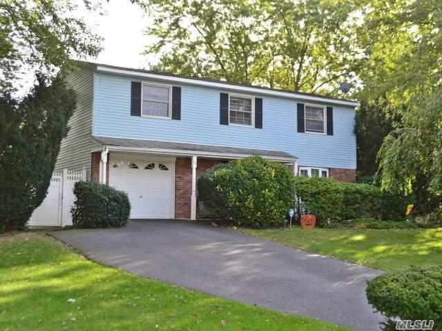 38 Vidoni Dr, Mt. Sinai, NY 11766 (MLS #2979731) :: The Lenard Team