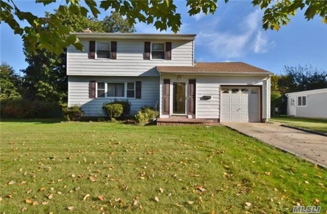 9 Seneca Dr, Commack, NY 11725 (MLS #2979836) :: Platinum Properties of Long Island