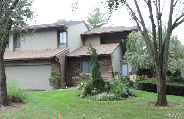 120 Estate Dr, Jericho, NY 11753 (MLS #2979865) :: The Lenard Team