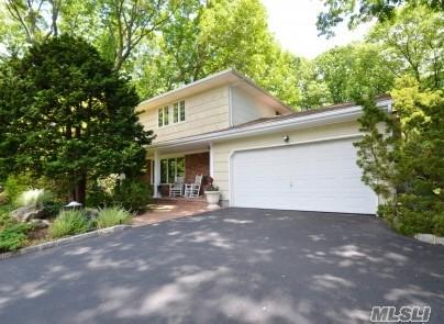23 Empire Ct, Commack, NY 11725 (MLS #2980243) :: Platinum Properties of Long Island