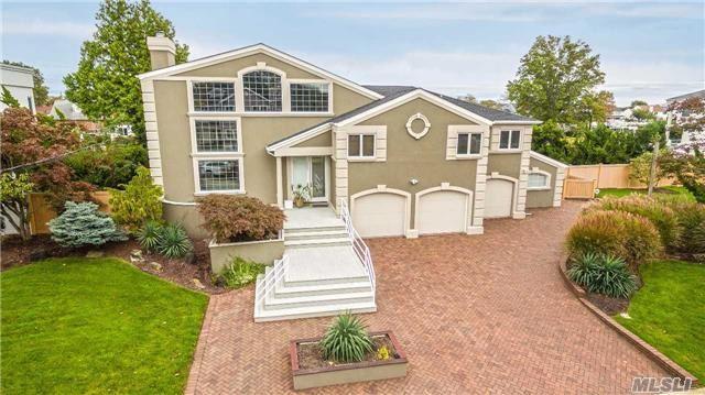 2825 Shore Dr, Merrick, NY 11566 (MLS #2980928) :: Netter Real Estate
