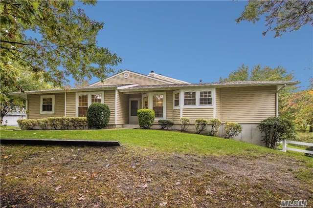 149 Colony Dr, Holbrook, NY 11741 (MLS #2981663) :: Keller Williams Homes & Estates