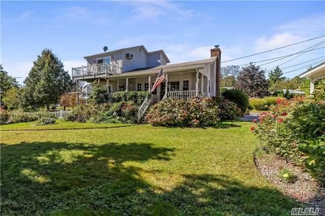 720 2nd St, New Suffolk, NY 11956 (MLS #2981954) :: Netter Real Estate