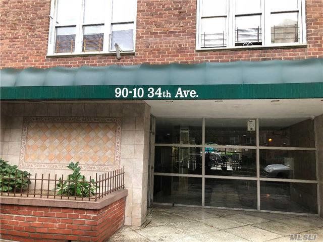 90-10 34th Ave 4S, Jackson Heights, NY 11372 (MLS #2982090) :: Netter Real Estate