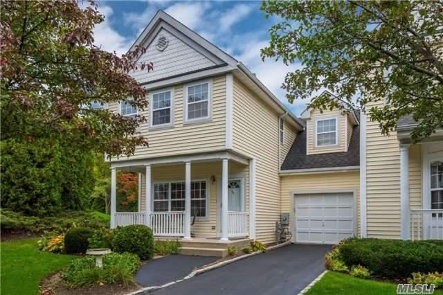 33 Paddington Cir, Smithtown, NY 11787 (MLS #2982631) :: Keller Williams Homes & Estates
