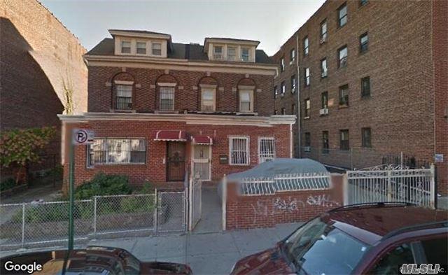 41-30 Gleane St, Elmhurst, NY 11373 (MLS #2983393) :: Netter Real Estate