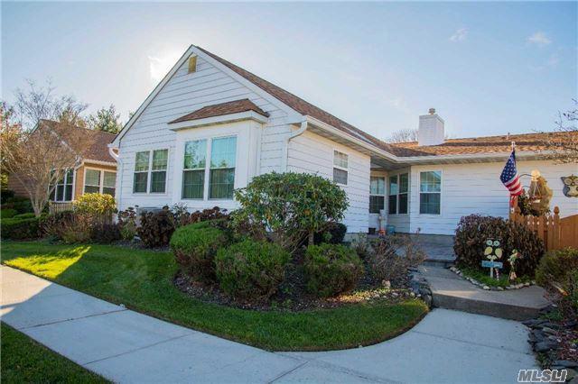50 Theodore Dr, Coram, NY 11727 (MLS #2986603) :: Keller Williams Homes & Estates