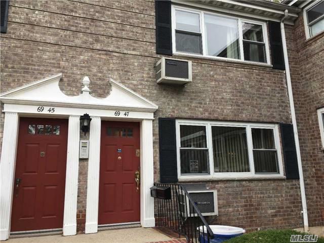 69-47 150th St 37B, Flushing, NY 11367 (MLS #2986847) :: Netter Real Estate