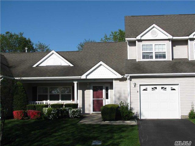 602 Pebble Beach Path, Riverhead, NY 11901 (MLS #2987076) :: Netter Real Estate