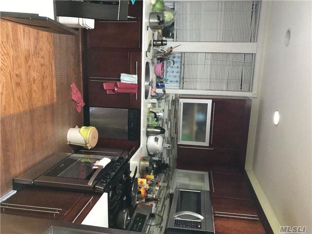 140-55 34th Ave 49S, Flushing, NY 11355 (MLS #2987808) :: Netter Real Estate