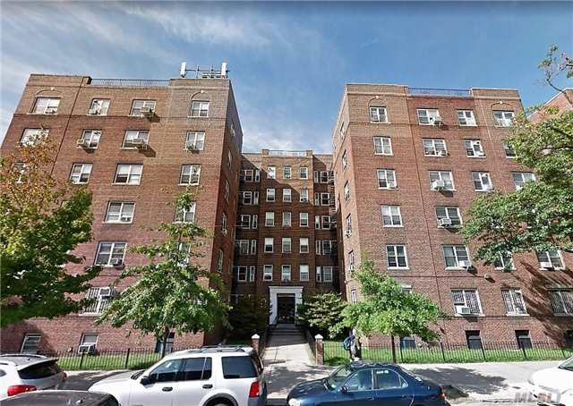 143-07 Sanford Ave 4J, Flushing, NY 11355 (MLS #2988122) :: Netter Real Estate
