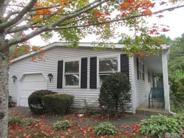 67 W Village Cir, Manorville, NY 11949 (MLS #2988129) :: The Lenard Team
