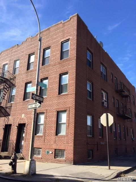 27-16 23rd St, Astoria, NY 11102 (MLS #2988421) :: The Lenard Team