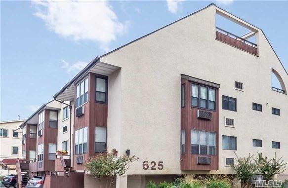 625 Shore Rd 2B, Long Beach, NY 11561 (MLS #2988835) :: Keller Williams Homes & Estates