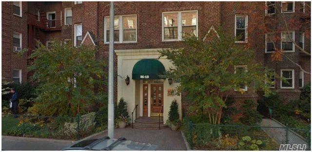86-10 34th Ave #522, Jackson Heights, NY 11372 (MLS #2988954) :: Netter Real Estate