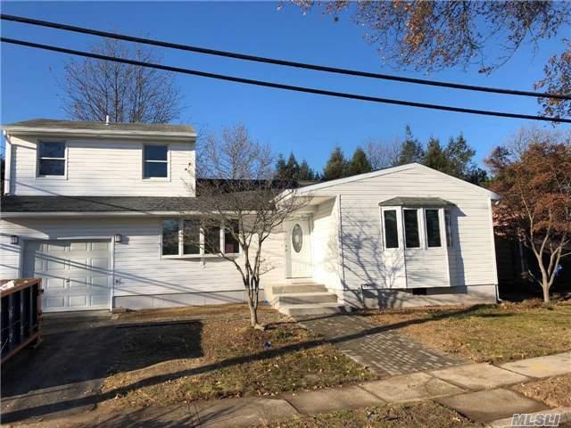 25 Calvert Ave, Commack, NY 11725 (MLS #2989104) :: Platinum Properties of Long Island
