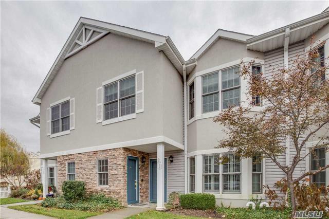 120 Pond View Dr #251, Port Washington, NY 11050 (MLS #2989163) :: Netter Real Estate
