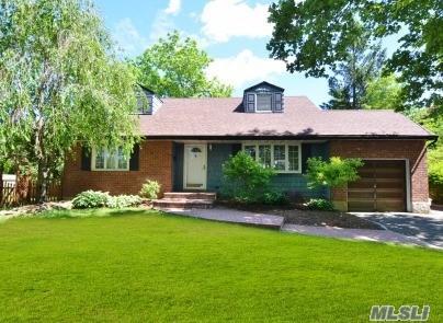 14 Rosalie Pl, Commack, NY 11725 (MLS #2989190) :: Platinum Properties of Long Island