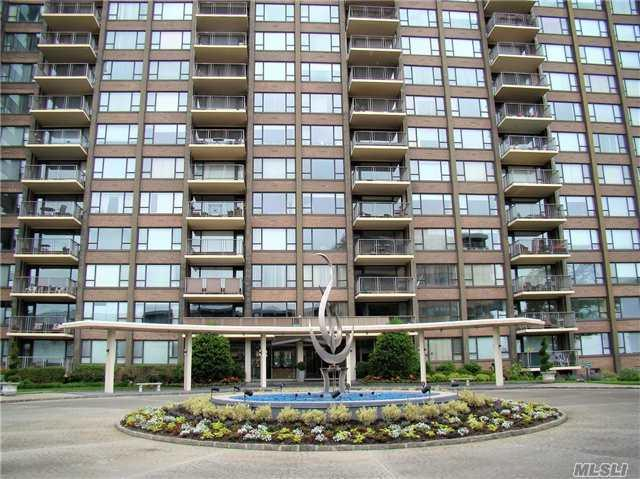 166-25 Powells Cove Blvd 4E, Beechhurst, NY 11357 (MLS #2989342) :: Netter Real Estate