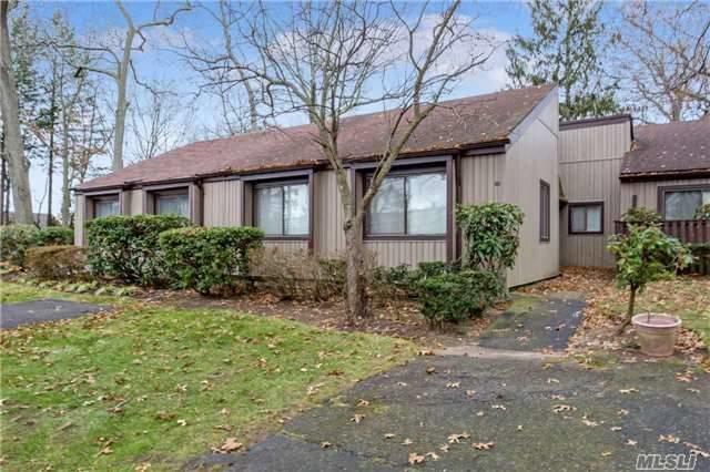 80 Strathmore Gate Dr, Stony Brook, NY 11790 (MLS #2989830) :: Netter Real Estate