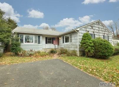 7 Hewitt Dr, Northport, NY 11768 (MLS #2989983) :: Platinum Properties of Long Island