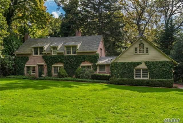 12 Golf Ln, Huntington, NY 11743 (MLS #2990193) :: Platinum Properties of Long Island