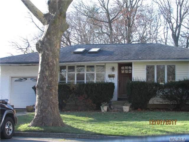 23 Coe Pl, Huntington Sta, NY 11746 (MLS #2990286) :: Platinum Properties of Long Island