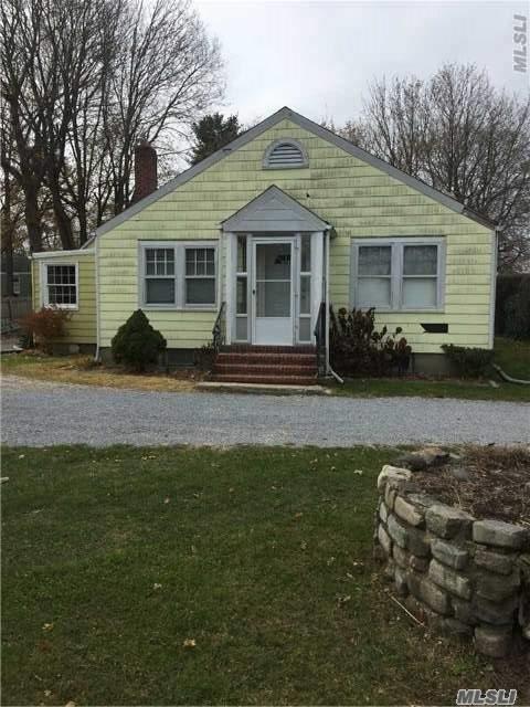 86 Henry St, Huntington Sta, NY 11746 (MLS #2990352) :: Platinum Properties of Long Island