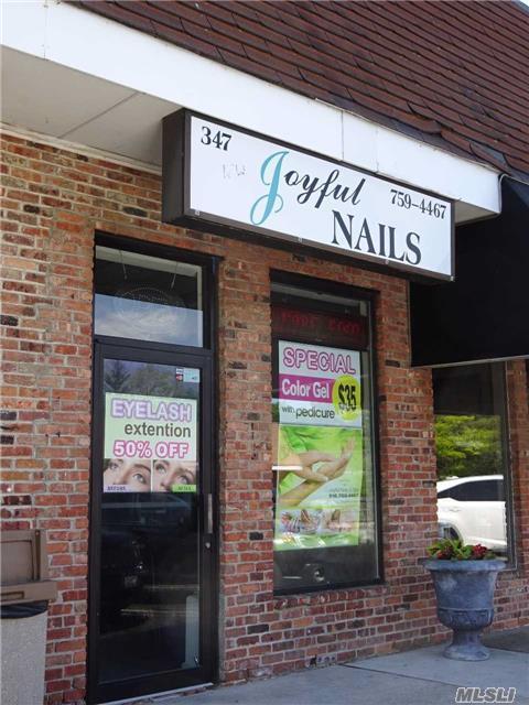 347 Glen Cove Ave, Sea Cliff, NY 11579 (MLS #2990397) :: The Lenard Team