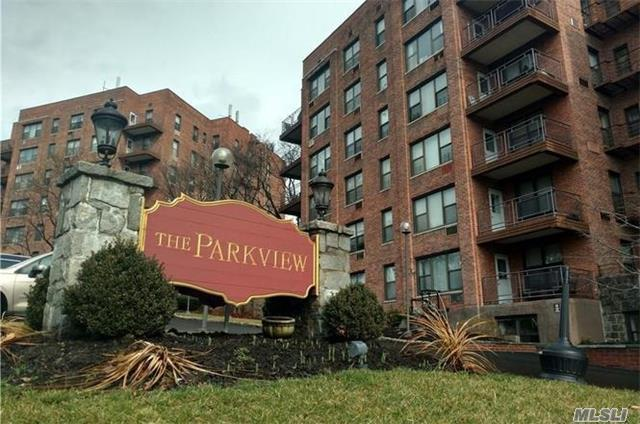 121 S Highland Ave 5A, Out Of Area Town, NY 10562 (MLS #2990475) :: Netter Real Estate