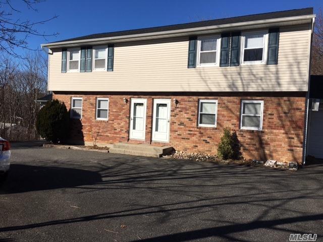 23 Van Wicklen Ct, Northport, NY 11768 (MLS #2990629) :: The Lenard Team