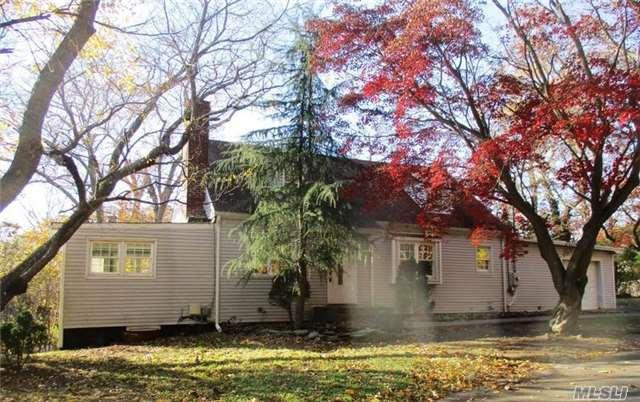 15 Hollis Pl, Huntington Sta, NY 11746 (MLS #2990640) :: Platinum Properties of Long Island