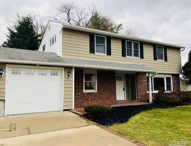 51 Grandhaven, Commack, NY 11725 (MLS #2990897) :: Platinum Properties of Long Island