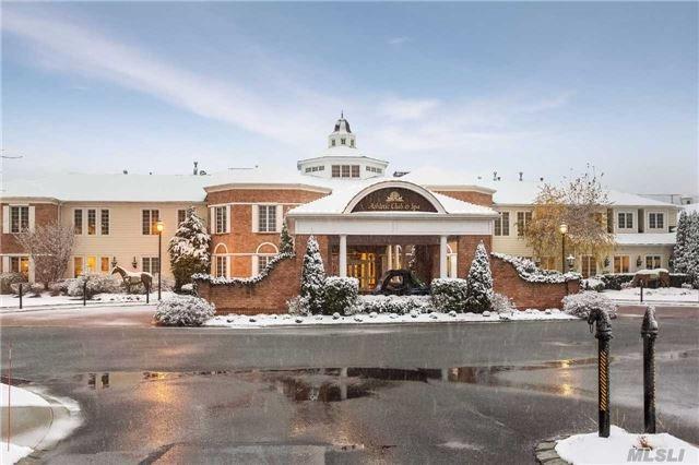701 Roosevelt Way, Westbury, NY 11590 (MLS #2990902) :: Netter Real Estate