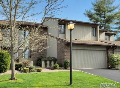 77 Estate Dr, Jericho, NY 11753 (MLS #2991411) :: The Lenard Team