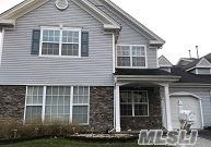 6 Tracie Ln, Middle Island, NY 11953 (MLS #2992689) :: Netter Real Estate
